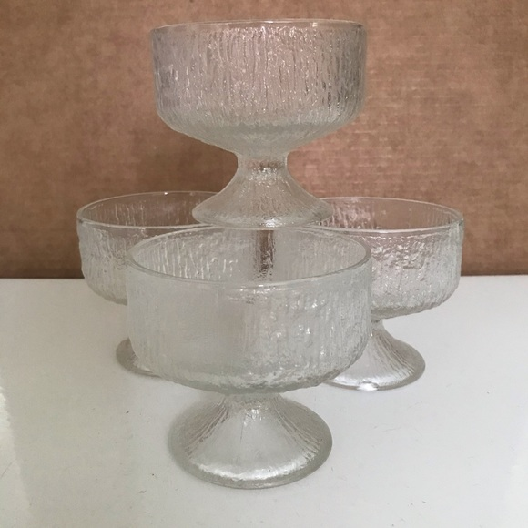 Set of 6 Indiana Glass Company Crystal Ice Sherbet Dessert CupsBowls